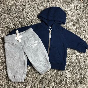 BABY: 3 MO NAVY HOODIE AND GRAY SWEAT PANTS